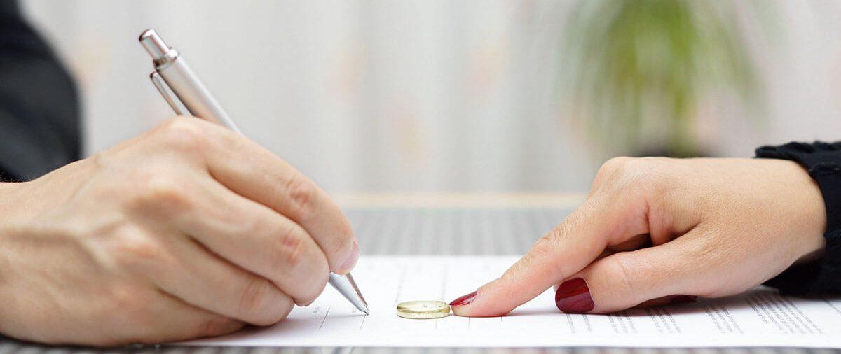 Pozew o rozwód - jak napisać, co powinien zawierać i gdzie go złożyć?
